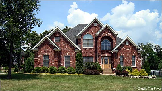 Photo of a home for the South Oldham County Housing Report page