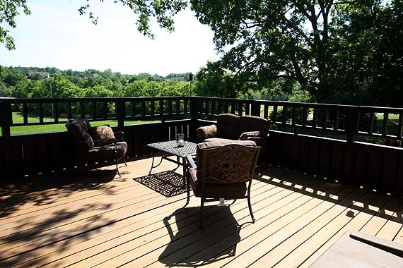 Wood Decks Versus Composite Decks The True Pros And Cons