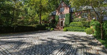 Photo of Glenview home in Most Expensive Neighborhoods in Louisville Kentucky